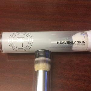 it cosmetics Makeup - It Cosmetics Brush - heavenly skin, Buki, Luxe NEW